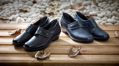 Dawn - Navy Croc Leather Shoe