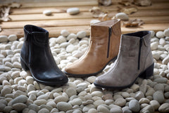 Alicia - Grey Leather Boot