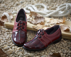 Joan - Burgundy/Patent Leather Shoe