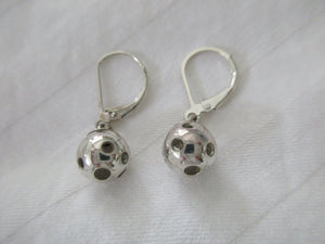PB&J Sterling Silver Leverback Pickleball Earrings (Pbe38)