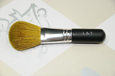 L&Y Flawless Face Blending Brush - Travel Size