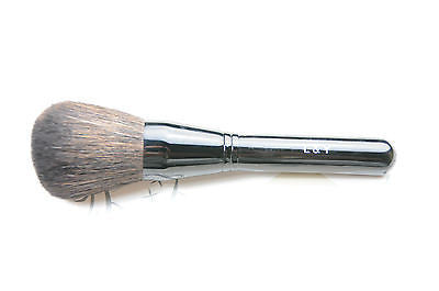 L&Y Dense Powder Brush with Black Handle