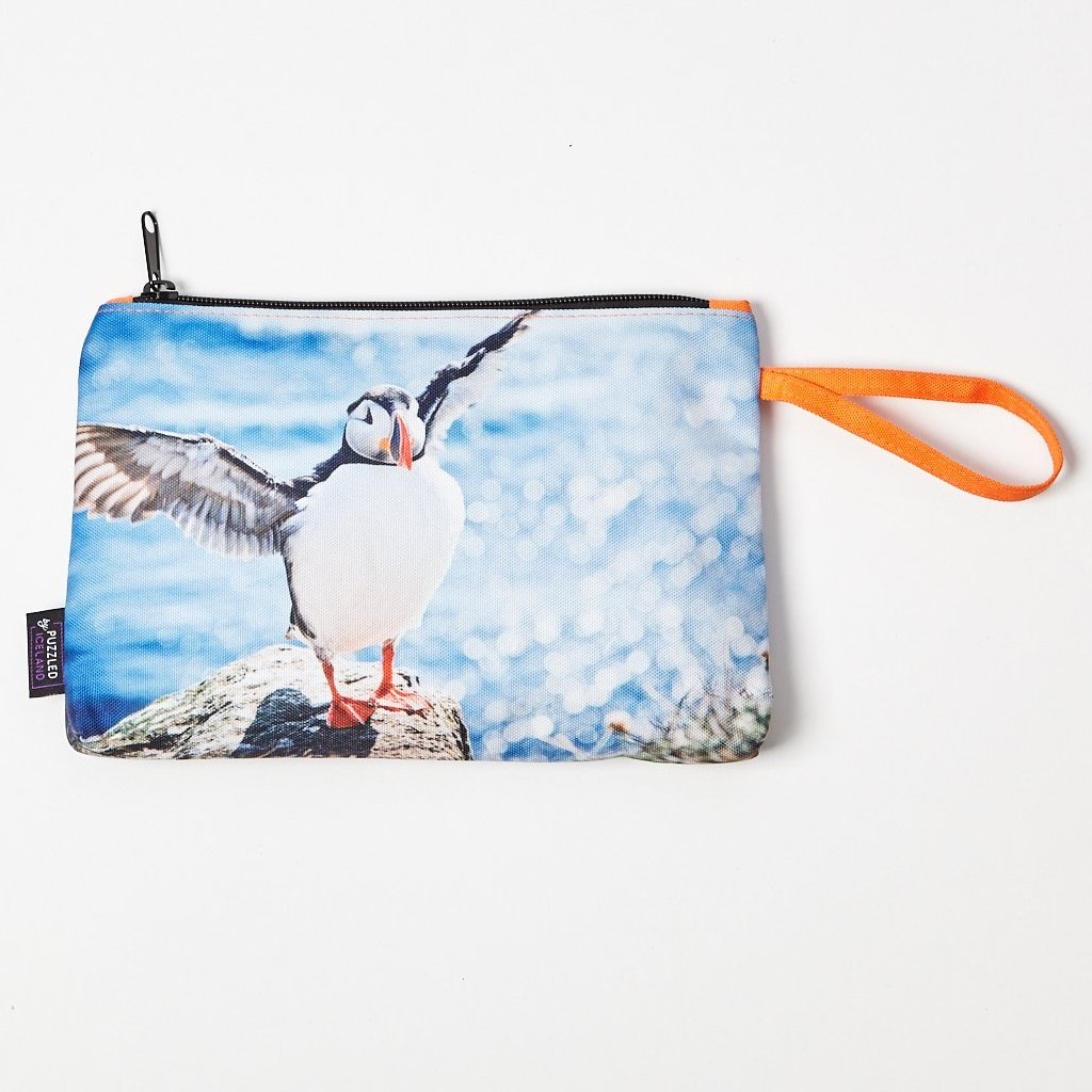 Cosmetic bag with the puffin