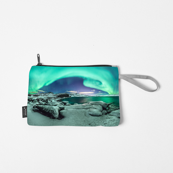 Cosmetic bag with turquoise northern lights