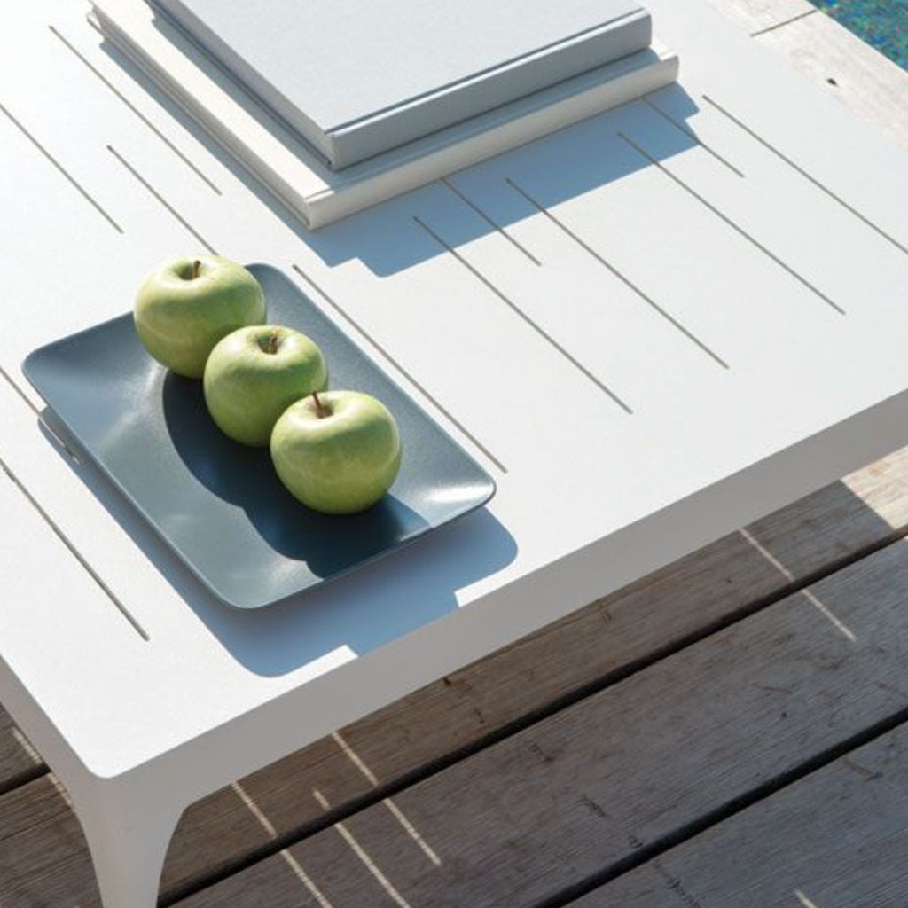 Infinity square coffee table domus outdoor infinity square coffee table geotapseo Image collections