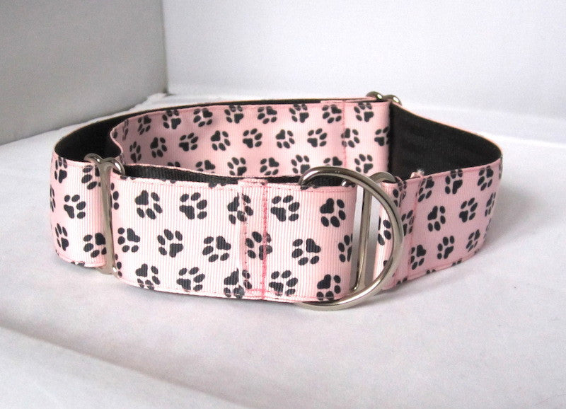 "1.5"" wide martingale pink paws dog collar"