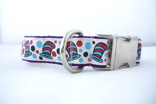 "1"" wide clasp dog collar- Seuss hats"