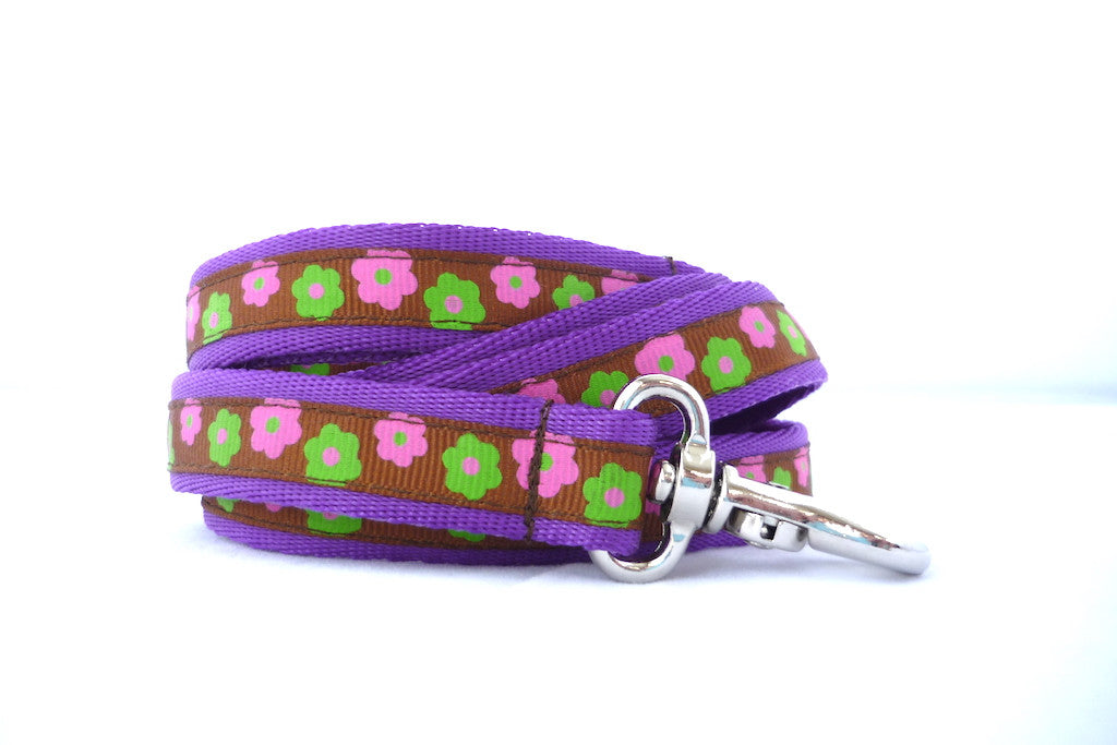 "3/4"" wide dog leash- brown flowers"