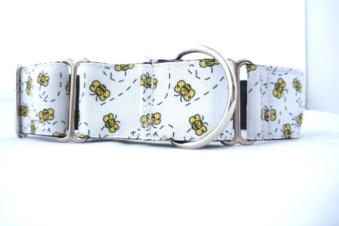 "1.5"" wide martingale busy bees dog collar"