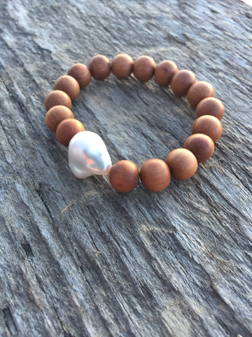 Large Baroque Pearl & Sandalwood Stretch Bracelet