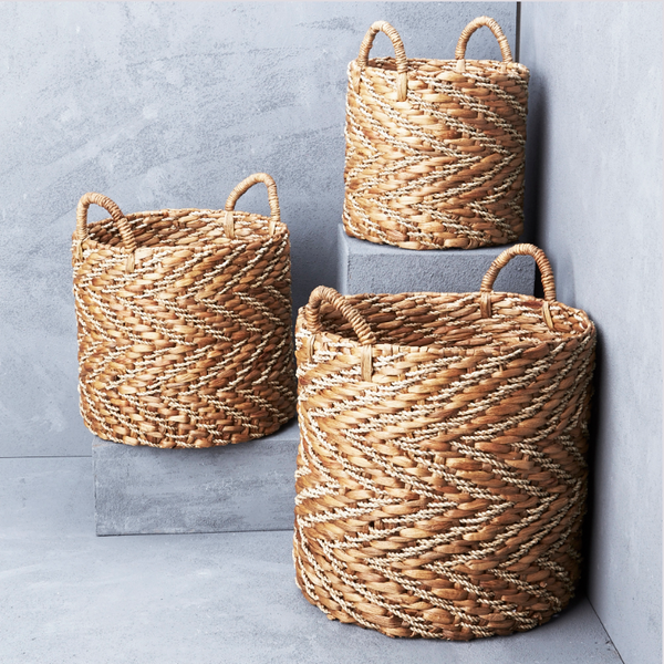 INARTISAN Natural Chevron Waterhyacinth Basket with Seagrass Pattern - Large