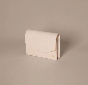 SIMETRIE New Moon Card Case in Natural