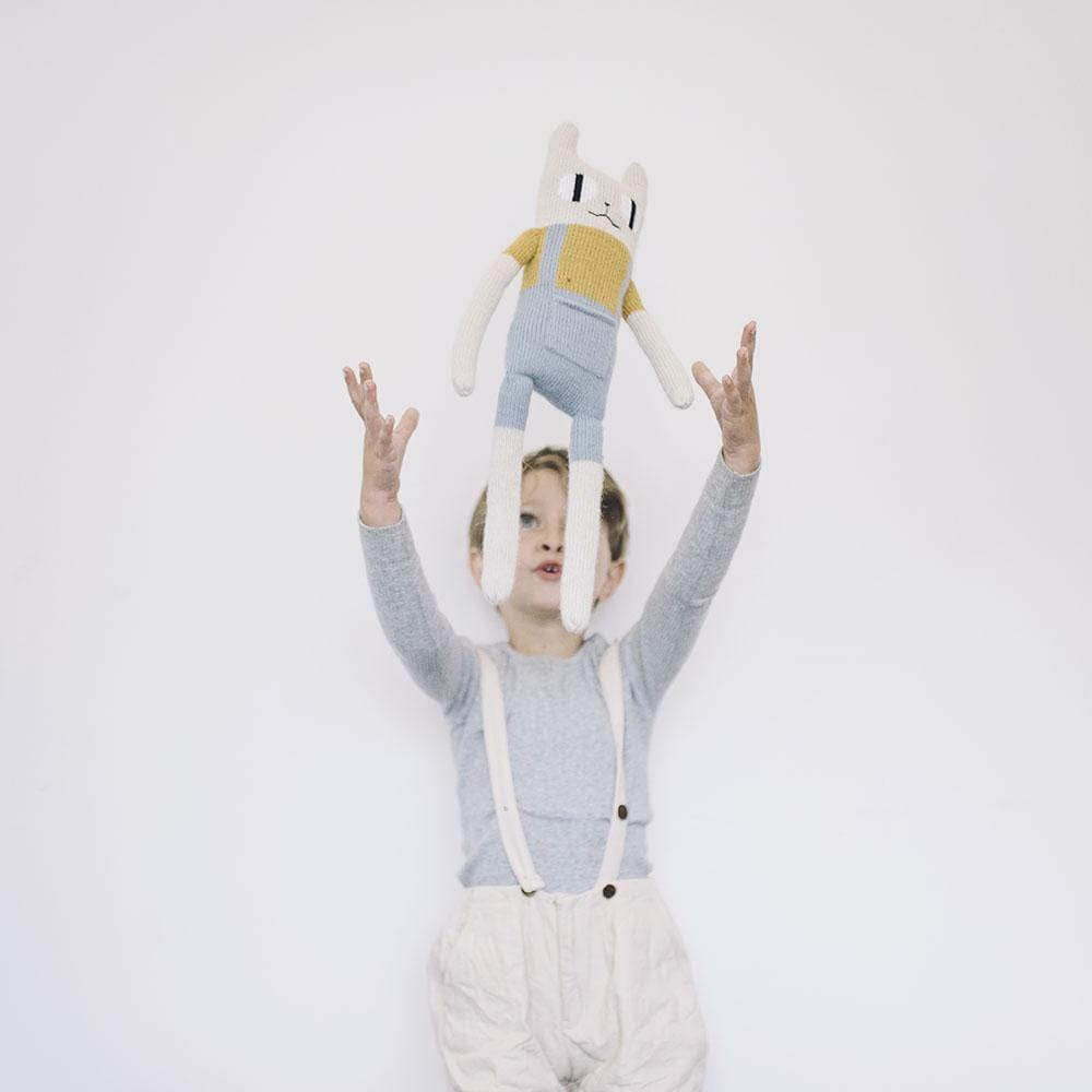 Main Sauvage large cat knit toy sky blue overalls