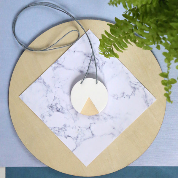 GEO - Circle Necklace - White and Ply-Amindy