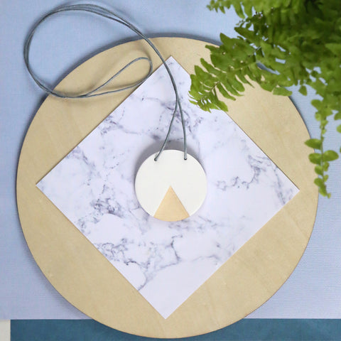 GEO - Circle Necklace - White and Ply