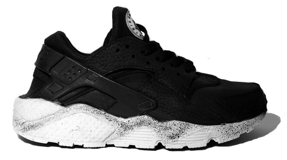 "Huarache ""Space Oreo"" Custom"