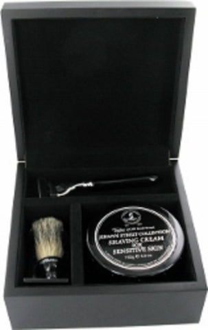 Personalised Black Shaving Gift Set in Wooden Box Mach Razor & Badger Hair Brush with Engraved Box lid