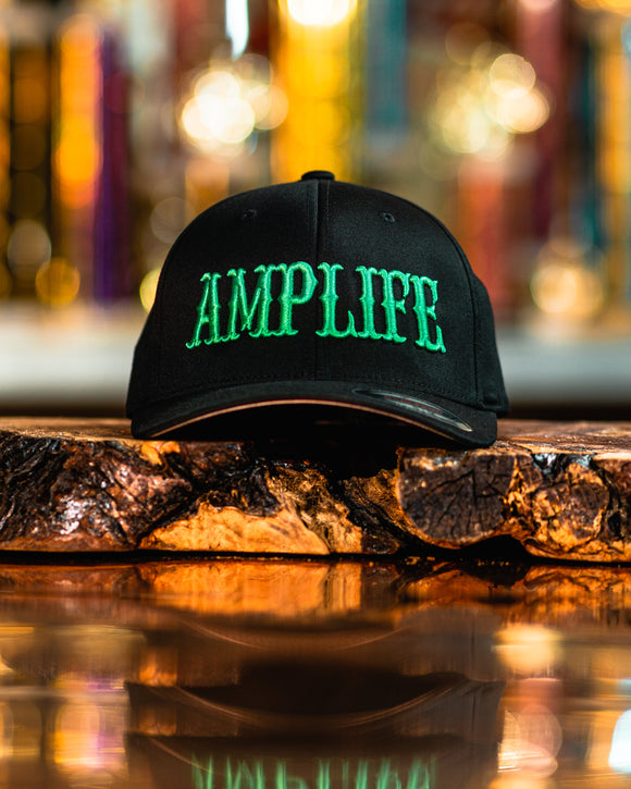 AMPLIFE Flex Fit Curve Bill Black & Green