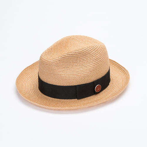 Chapeau en paille flexible