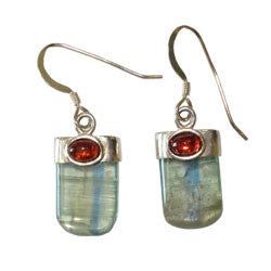 GREEN KYANITE TONGUE WITH CABOCHON EARRINGS