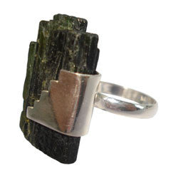 GREEN TOURMALINE ROUGH STICK WITH SILVER DESIGNE RING