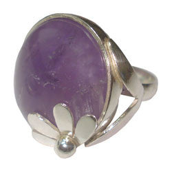 AMETHYST CABOCHON WITH DESIGN ON TOP AND DOUBLE BAND