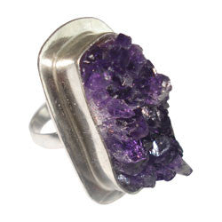 AMETHYST DRUZE RING WITH TICK BEZEL