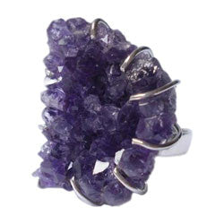 LARGE AMETHYST DRUZE RING WITH SEVERAL PRONGS