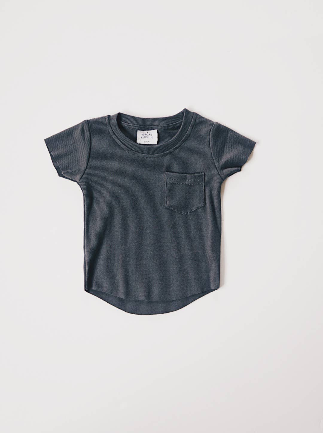 charcoal ribbed pocket tee