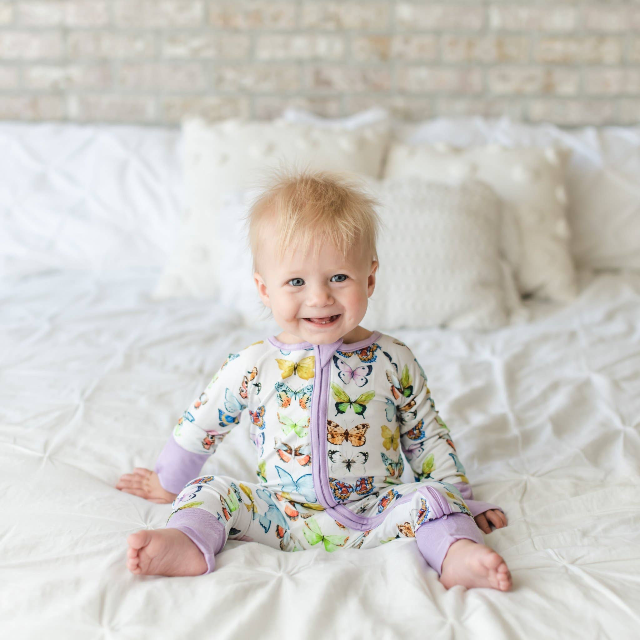 butterflies zip romper/sleeper