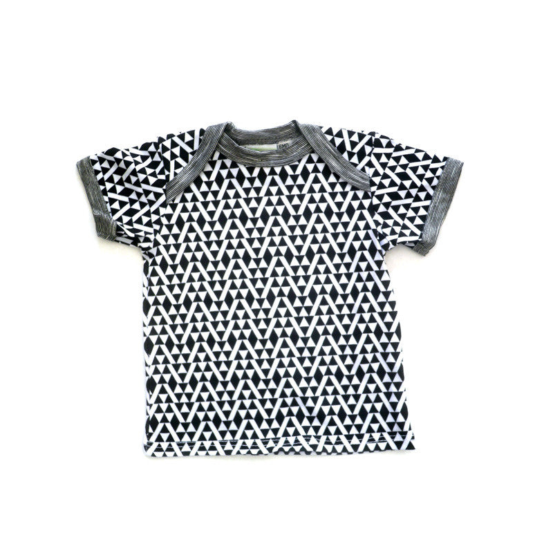 Triangles Short Sleeve Lap Tee tops Kumquat