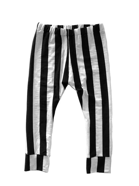 Beetlejuice leggings- last one! 6/12M