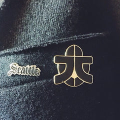 Seattle Pin in Silver and Black