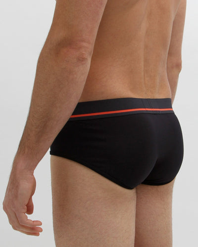 Mens-black-brief-back-view_64dd7f1b-2ec0-4b01-80e1-04a537a49ace_2000x.jpg