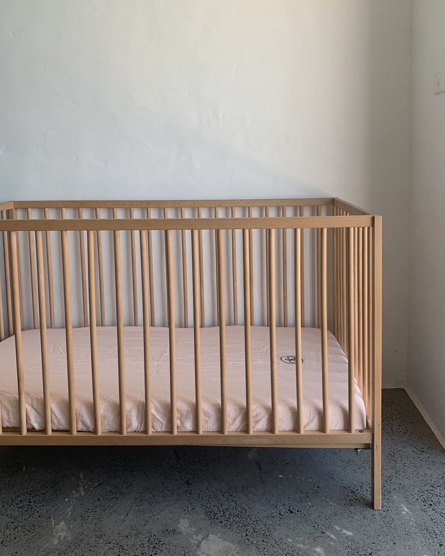 fitted cot . apricot. dba ready dyed linen