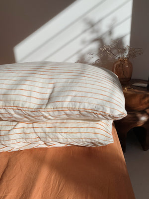 fitted sheet . caramel . dba ready dyed linen