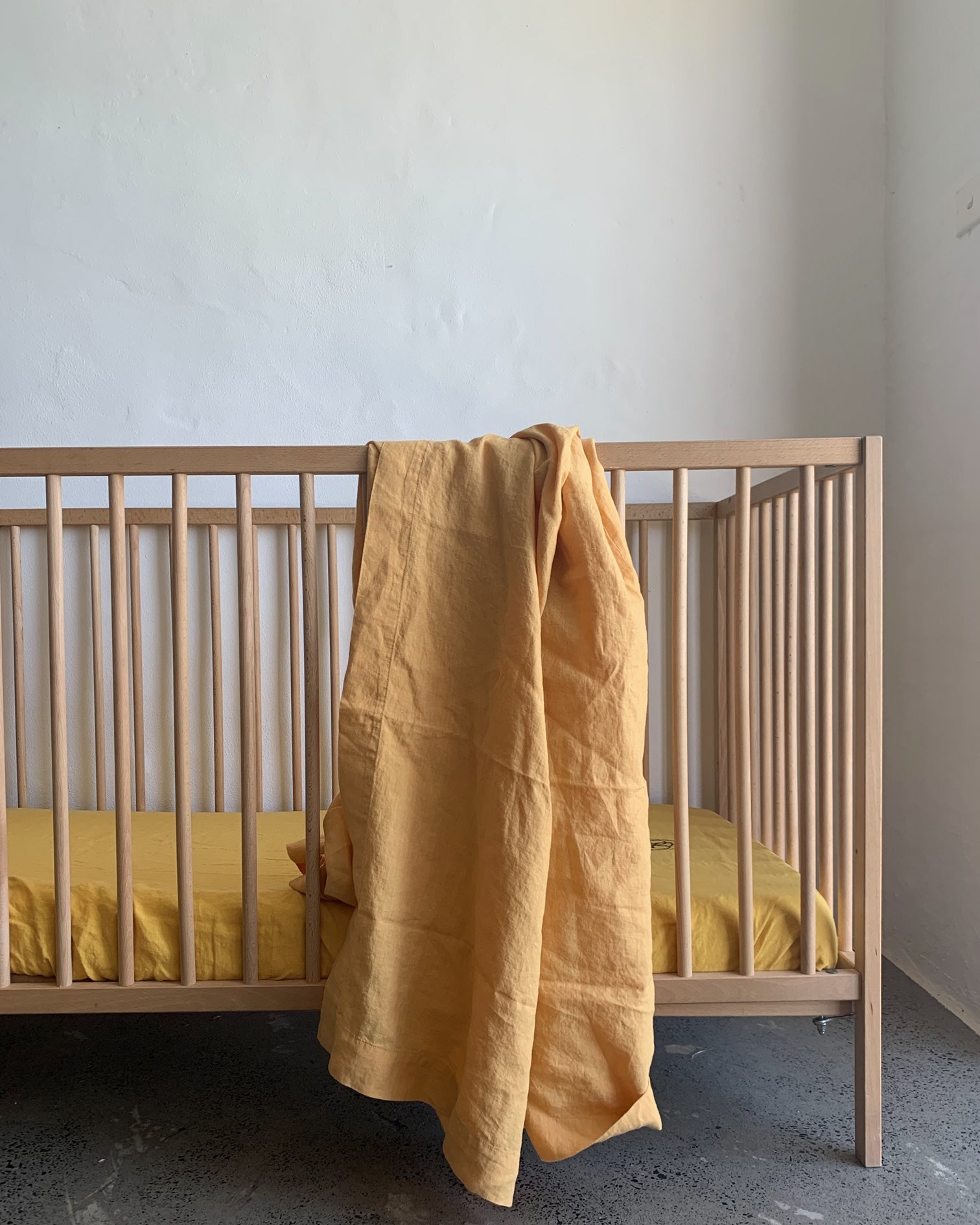 infant set . tonal 01. dba ready dyed linen