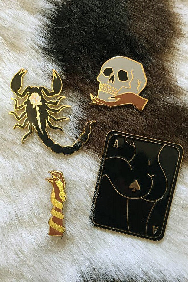 Scorpion Rose Pin