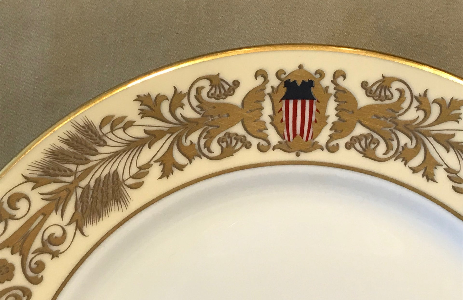 Tiffany & Co. 200th Congressional Anniversary Commemorative Plate (Circa 2000)