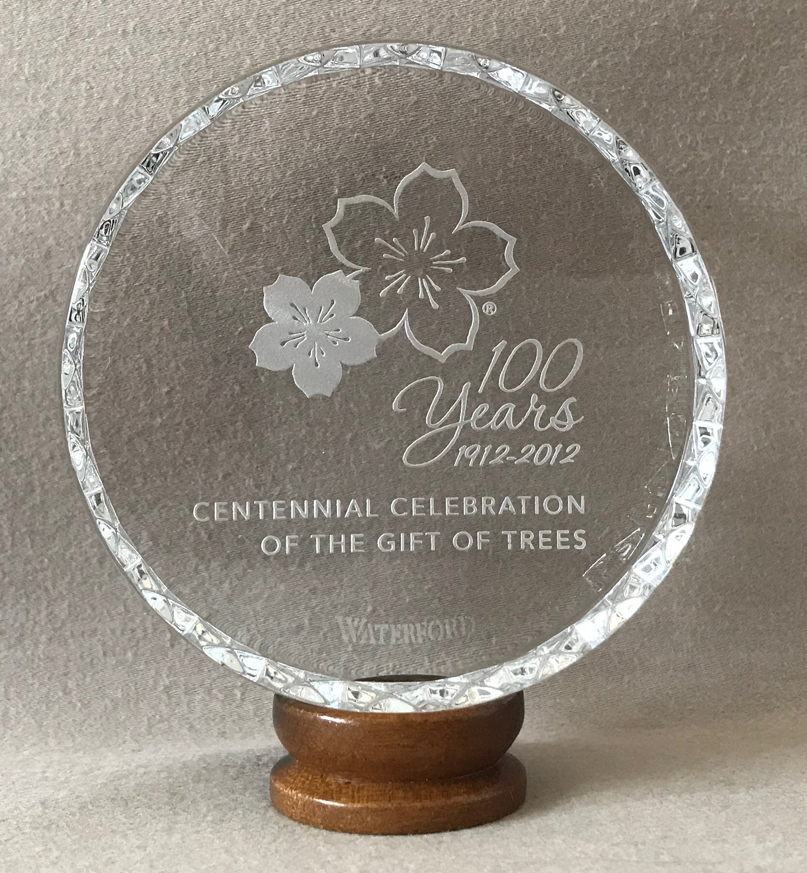 Waterford Commemorative Paperweight – National Cherry Blossom Festival (2012)