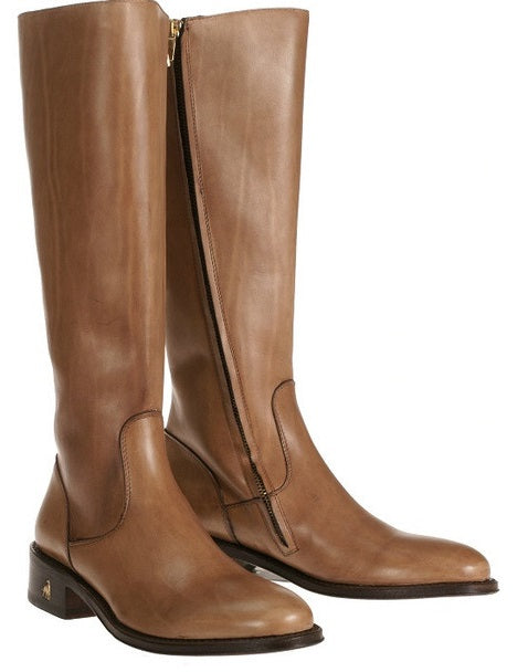 Vittoria Caramel Calfskin riding boot by Treccani Milano