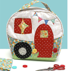 Floral print camper bag sewn using the Happy Camper Bag Sewing Pattern by Jennifer Jangles