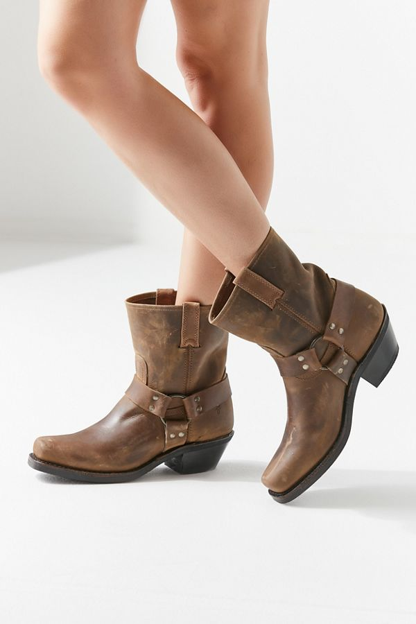 Frye Harness 8R Booties Sz: 6