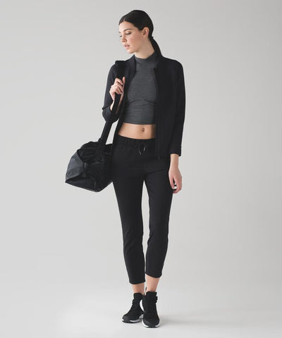 Lululemon On The Fly Pants in Black Sz: XS
