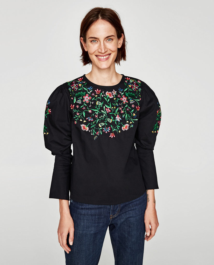 Zara Embroidered Floral Blouse Sz: S NWT