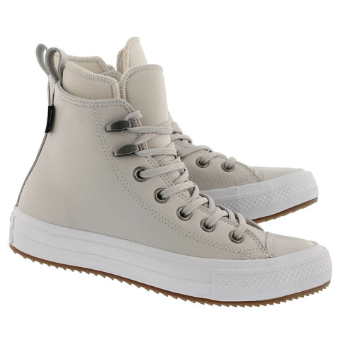 Winterized Converse Sz: 7.5