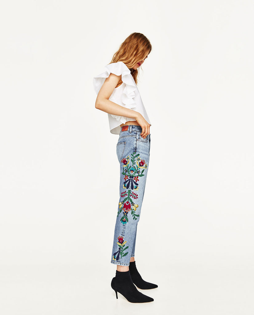 Zara Embroidered Jeans  Sz: 4