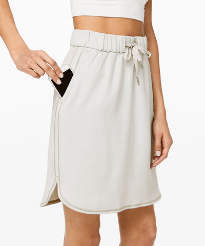 NWT Lululemon On The Fly Skirt Sz 8