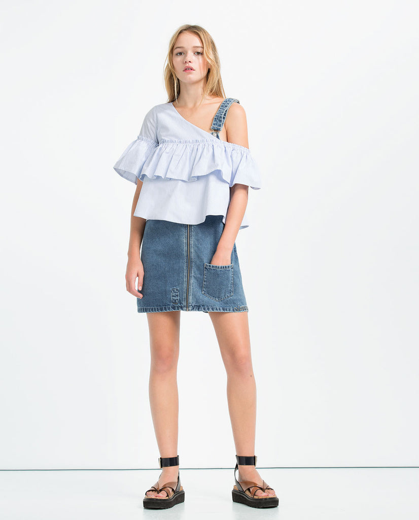 Zara Asymmetrical top Medium