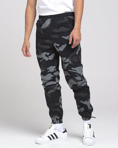 Thing Thing Wav Camo Pants Sz: 32 (Medium)